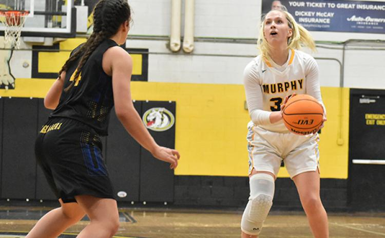 Addison scored a team-high 19 points in the Lady Dogs' win against Highlands.