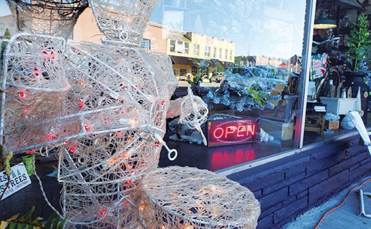 Photos by Samantha Sinclair/scoutingaround@cherokeescout.com Small businesses like The Black & White Market are open and ready to welcome holiday shoppers to downtown Murphy for Black Friday.